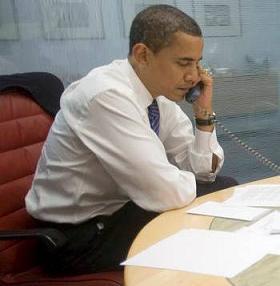 20081108181809-obama-telefono.jpg